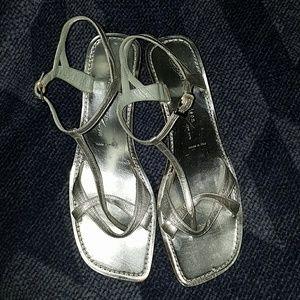 Sigerson Morrison New York Metallic Silver Heels